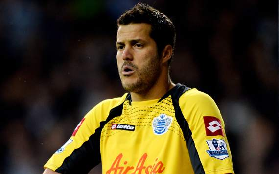 Manchester United-Arsenal Berebut Julio Cesar photo