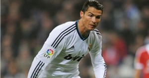 Ronaldo Bicara Peluang Madrid Lawan MU photo