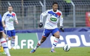 Schalke Bahas Transfer Michel Bastos photo