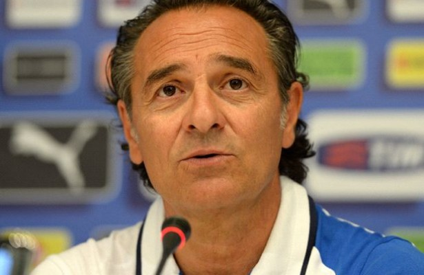 Cesare Prandelli Bantah Ingin Mundur Dari Timnas Italia