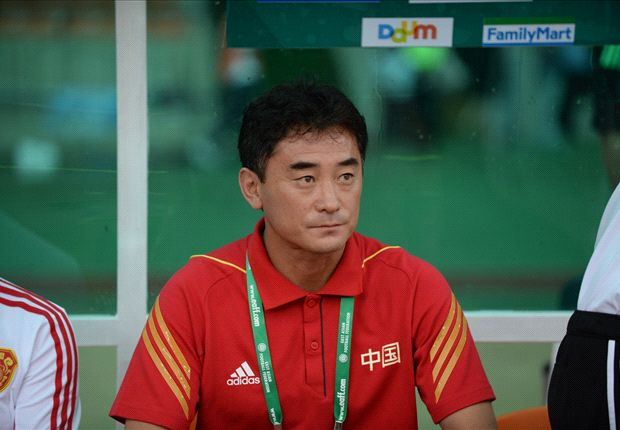 Pelatih caretaker Cina Fu Bo
