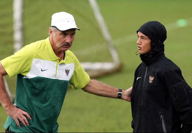 Alfred Riedl Resmi Gantikan Jacksen Latih Timnas Senior Indonesia