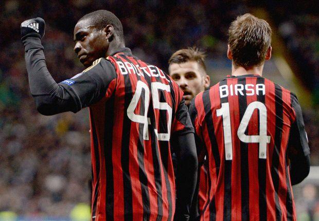 Ancelotti minta Mario Balotelli Bertahan Di AC Milan