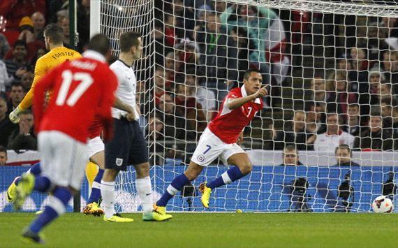 Cili Pecundangi Inggris 2-0
