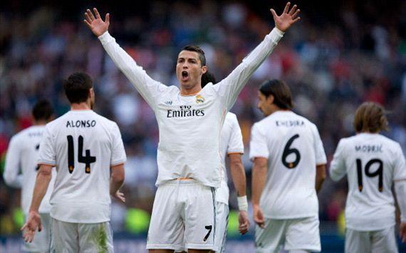 Cristian Ronaldo Hat-Trick, Real Madrid Gasak Sociedad 5-1