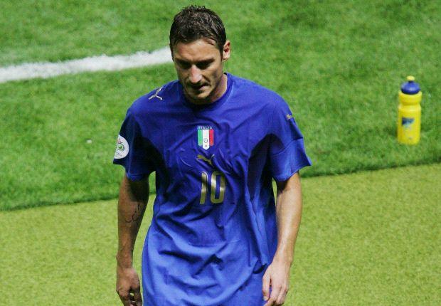 Francesco Totti Dipastikan Tidak akan Ikut Ke Brasil