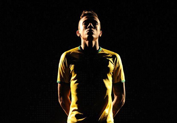 Kostum Baru Sang Tuan Rumah Brasil di Piala Dunia 2014