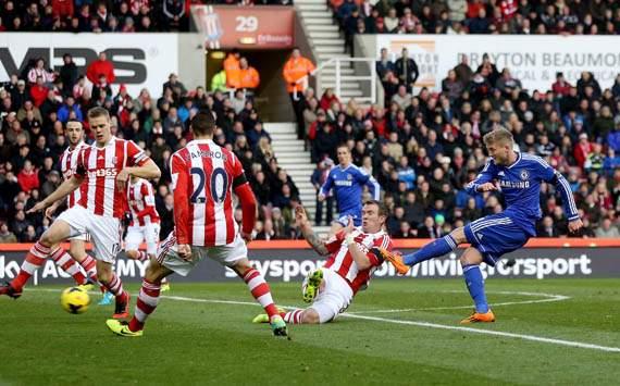 Chelsea Dikalahkan Stoke City 3-2