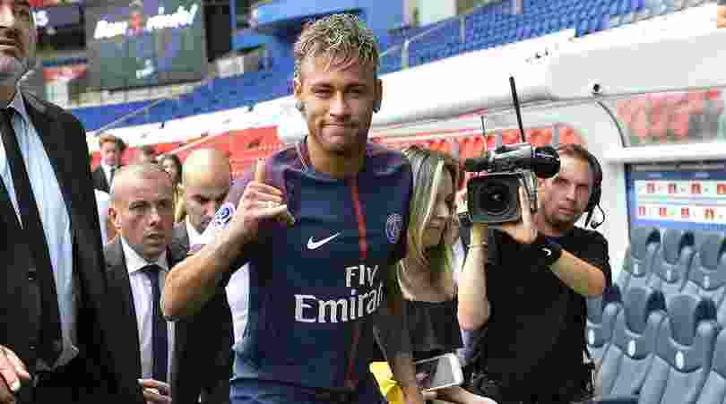 Debut Neymar Untuk Paris Saint-Germain Bisa Tertunda Lagi